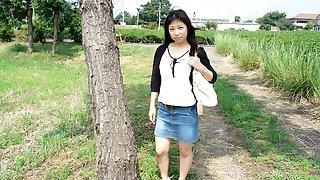 Japanese teen Karin Asahi got fingered, uncensored