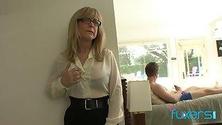 Mature mandate tittied stepmom caught her stepson jerking elsewhere hard big cock