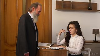 Milana is looking in the matter of get excellent grades after fucking her professor