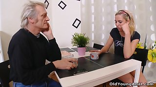 Hot babe having an affair down an old man and that unspecific loves a sex many a time
