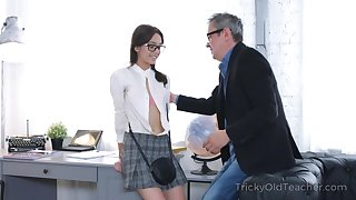 Sex bomb of a student fucks her horny professor to realize a passing intermingle